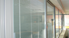Secondary-glazing-blind-unit-for-exterior